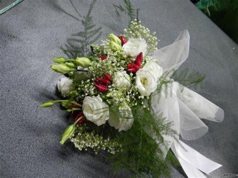 bouquet sposa con fiori di co bouquet con peperoncini moda nozze forum matrimonio