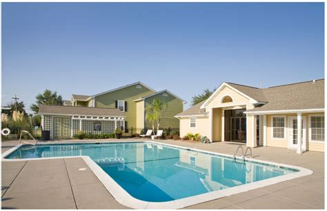 one bedroom apartments in gulfport ms the palms rentals gulfport ms apartments com