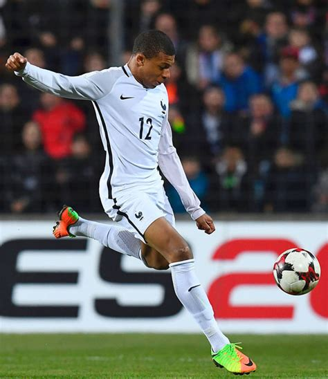 kylian mbappe thierry henry thierry henry on kylian mbappe this is what i think of