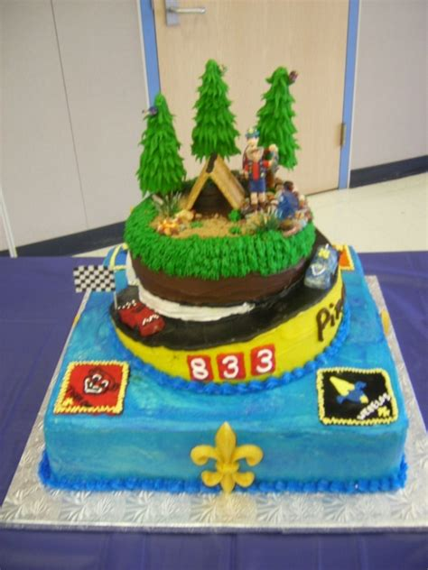 blue gold themes ideas cub scouts blue cake ideas and designs