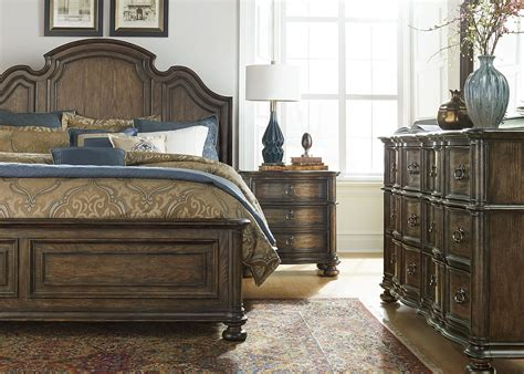 tuscan valley weathered oak panel bedroom set from liberty