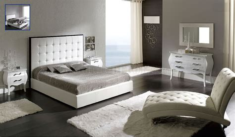 White Leather Bedroom Furniture Kpphotographydesign Com White Leather Bedroom Furniture