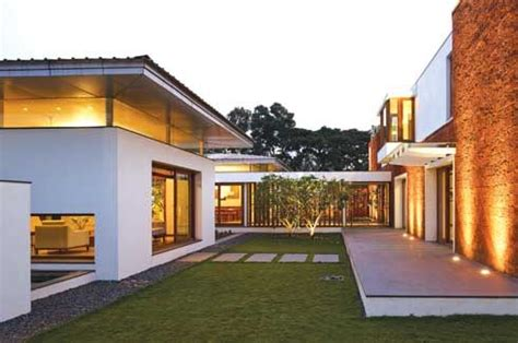 u shaped house with courtyard u shaped house plans with central courtyard recherche