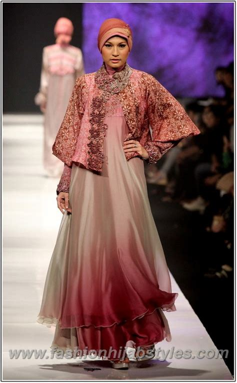 New Fasion Kebaya Floy Style moda fashion kebaya 2014 new modern fashion