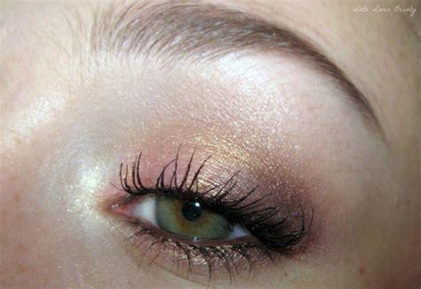 gouden oogschaduw lotd sleek blush gold als oogschaduw lotte