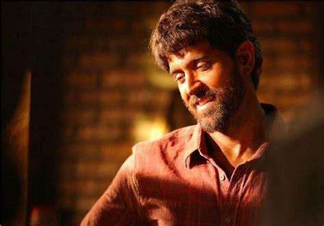 film india terbaru hrithik roshan super 30 hrithik roshan s look from the sets leaked