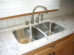Kitchen Countertops And Backsplashes Quartz Countertop And Tiled Backsplash Kitchen Toronto