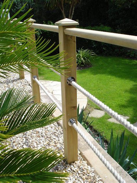 Alternatives To Grass In Backyard The 25 Best Ideas About Fence On Pinterest