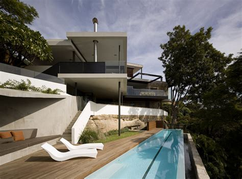 comfortable minimalist house by mck architects home