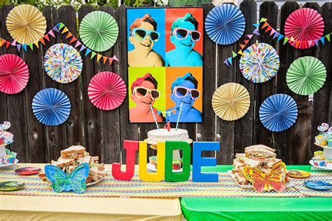 pop themen pop jude is 4 chickabug