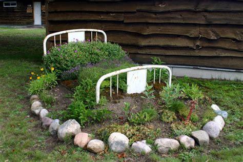 building a flower bed come creare aiuole fiorite senza spendere troppo guida
