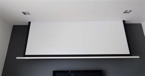 in ceiling projector screen 17 best images about verlaagd plafond on we
