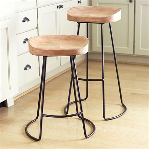 Smart And Sleek Stool by Best 25 Bar Stools Ideas On