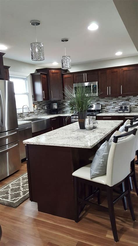 what color flooring go with dark kitchen cabinets what color flooring go with dark kitchen cabinets trends