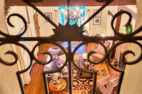 bathtub scene breaking bad jesse pinkman s breaking bad house for sale but it has no meth lab daily star