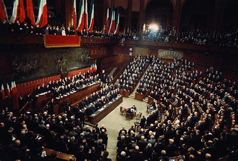 composizione deputati conceito de parlamento defini 231 227 o e o que 233