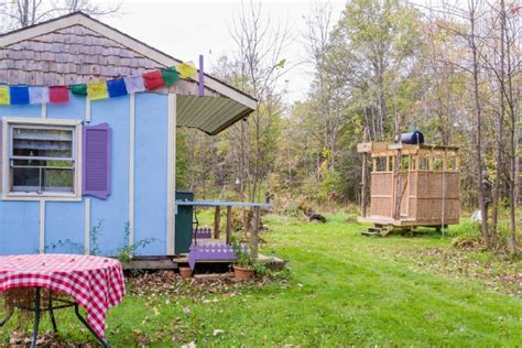best tiny houses on airbnb picture perfect off grid tiny house for rent in new york