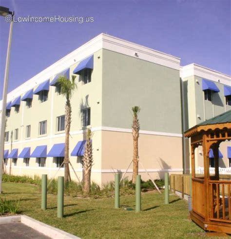 low income housing in florida one bedroom apartments in st petersburg fl urban style flats rentals saint petersburg