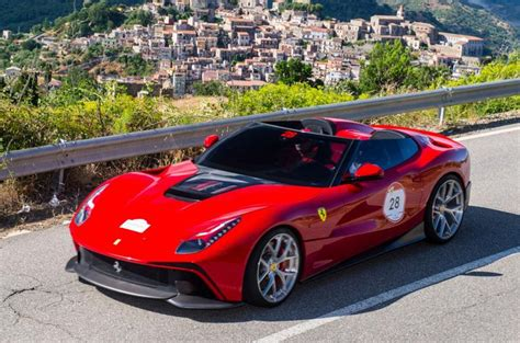 Ferrari Italien by One Off Ferrari F12 Trs Unveiled In Italy