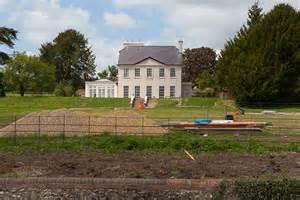 abbas house abbey house rectory lane itchen abbas 169 peter facey cc by sa 2 0 geograph