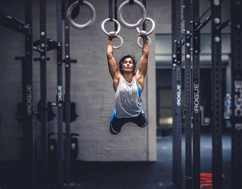 muscle up swing muscle up fault early pull invictus fitness