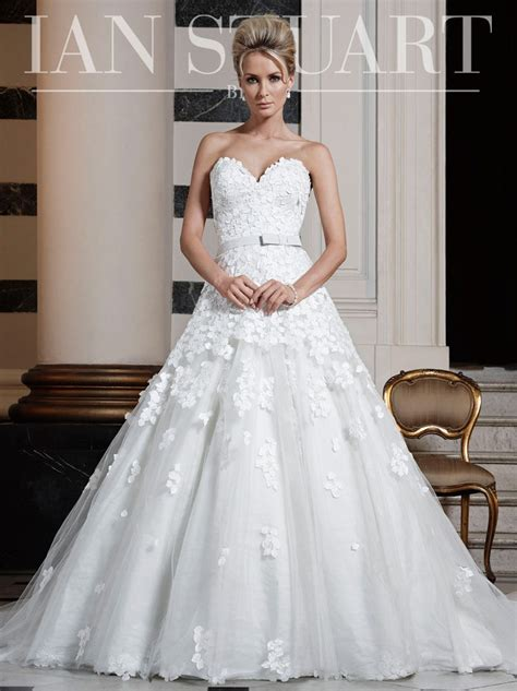 Ian Stewart Wedding Gowns by Ian Stuart Cloud 9 Brides