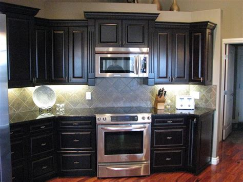 kitchen cabinet photos gallery kitchen cabinets gallery hanover cabinets moose jaw