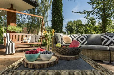 terrasse deko terrassengestaltung holen sie sich urlaubsfeeling in den
