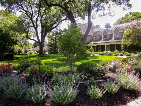 hire  landscape architect  landscape designer  oak leaf