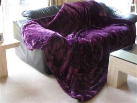 purple sofa throws purple throws for sofas best 25 purple throw blanket ideas