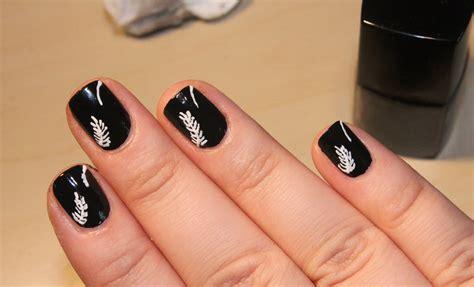 Black Pattern Nails   black nail art designs acrylic nail designs