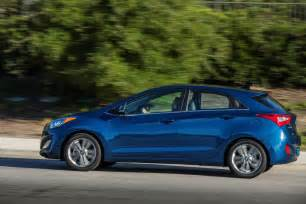 2016 hyundai elantra gt pictures photos gallery green