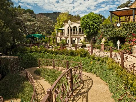 Houdini Estate | 10 castles in and around los angeles that are too