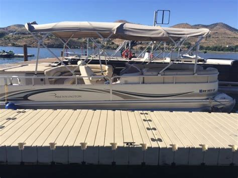 bennington pontoon boats for sale in ct luxury pontoon boats ct fish more people that fish