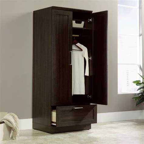 kleiderschrank mit spiegel und schiebetüren kleiderschrank dunkel bestseller shop f 252 r m 246 bel und