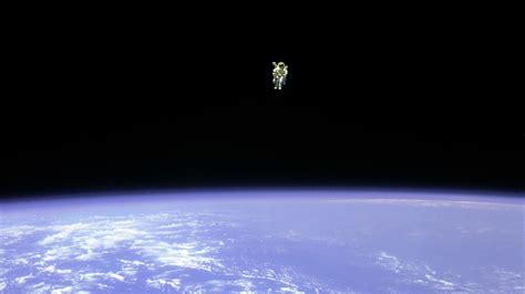 earth hd wallpapers 16 1366x768 earth astronaut wallpaper 1366x768 wallpoper 339906
