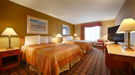 best western rooms chicago hotel rooms at the best western midway airport hotel in burbank il