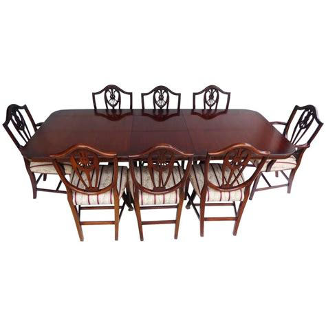 Regency Style Dining Table And Chairs Regency Style Dining Table And Chairs By Bevan And Funnell At 1stdibs