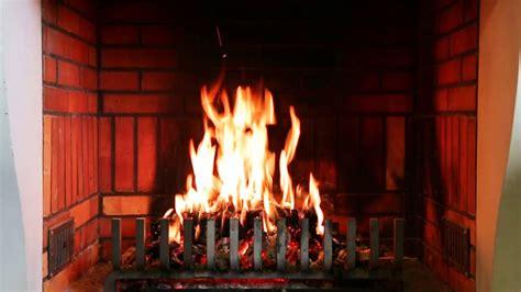 feu de cheminee sur tv 1h feu de chemin 201 e pour r 233 chauffer c蜩ur en hiver
