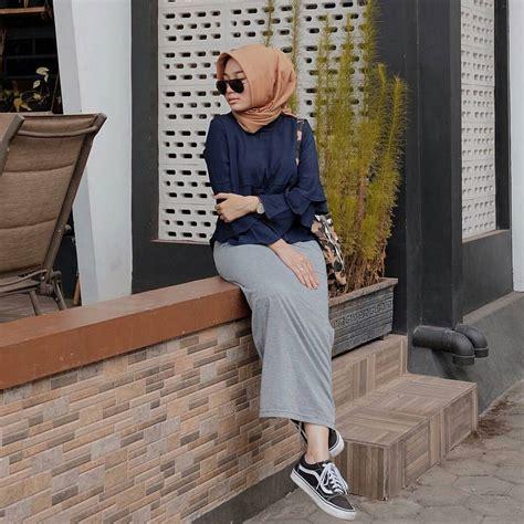 17  Koleksi Fashion Baju Hijab Remaja 2018 Gaya Masa Kini