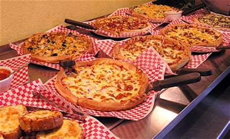 pizza buffet the pizza fan s guide to buffets