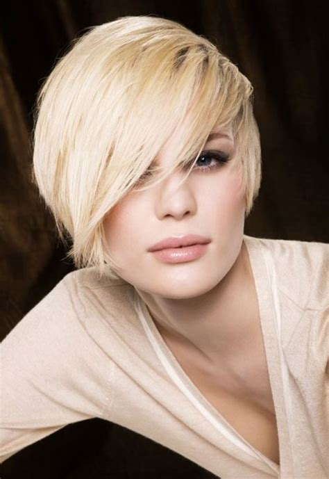 trendy haircuts bangs trendy short messy hairstyle with side sweep bangs