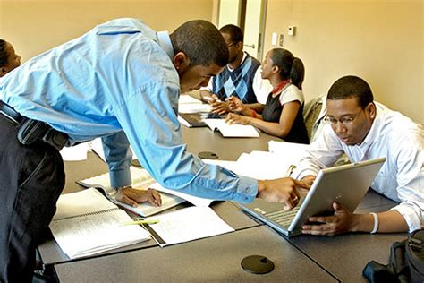 Howard Mba Accreditation by Howard School Of Business Maintains Aacsb