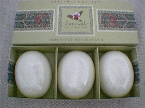 Ayudya Milk Bath Foaming 100g crabtree bath soap sarawak box 3 x 3 5 oz 100g