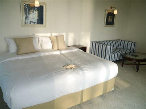 agoda java paragon alamat hotel d paragon medokan ayu room 4 surabaya