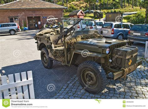ww2 jeep with machine gun willys jeep 1945 with machine guns editorial stock photo