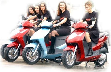 Motorrad Roller Verleih by Roller Quad Verleih Scooterstar Roller Quad Motorrad