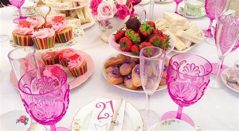 Places To Host A Bridal Shower by How To Host The Bridal Shower Tagvenue