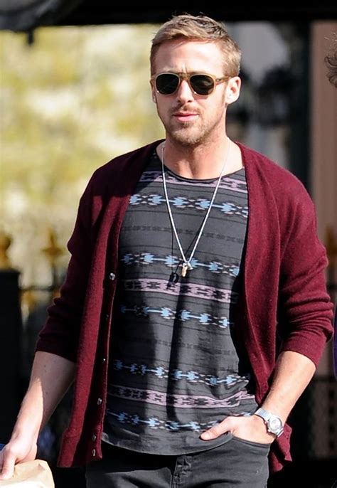 ryan gosling necklace c 243 mo lograr el estilo de ryan gosling blog ferrato