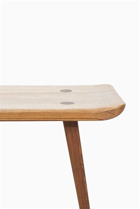 small wooden benches best 25 small wooden bench ideas on pinterest small bench wooden kitchen bench and